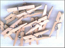 Mini Wooden Clothespins - Natural Clothespins (25)